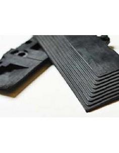 Interlocking rubber edging strip