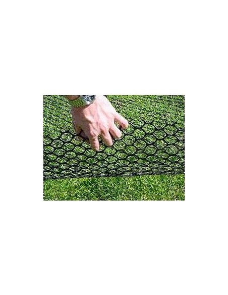 Grass protection mesh