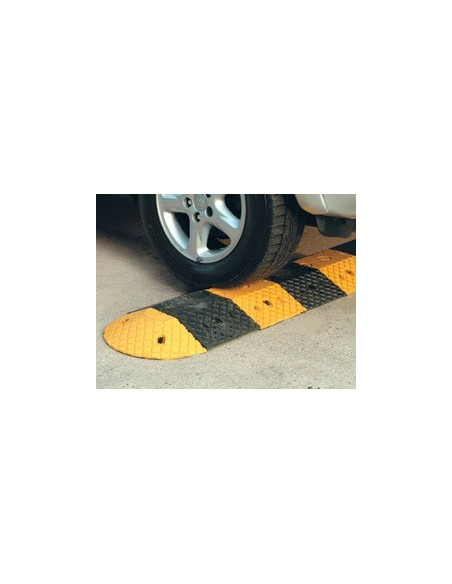 5mph Heavy Duty Rubber Speed Bump
