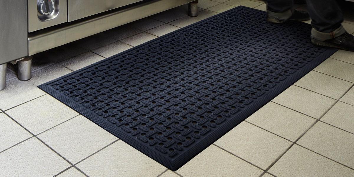 Open Grid Nitrile Rubber Floor Mat For Kitchens